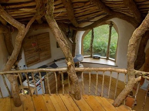 Earth Shelter House in Wales