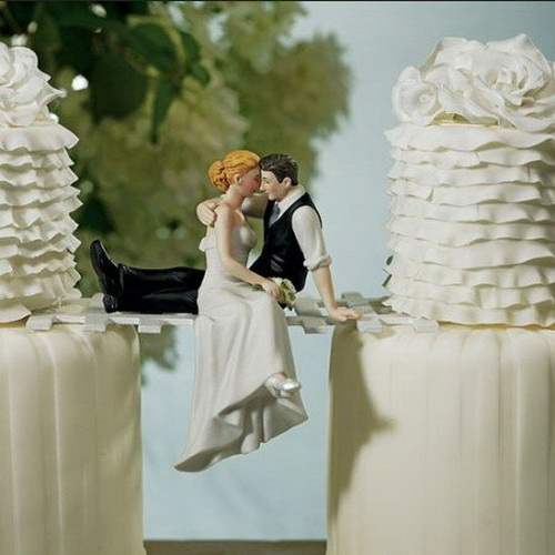 Lovers on Bridge Wedding Cake Topper