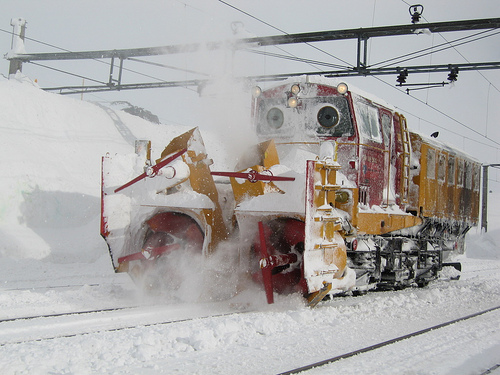 Train snow blower