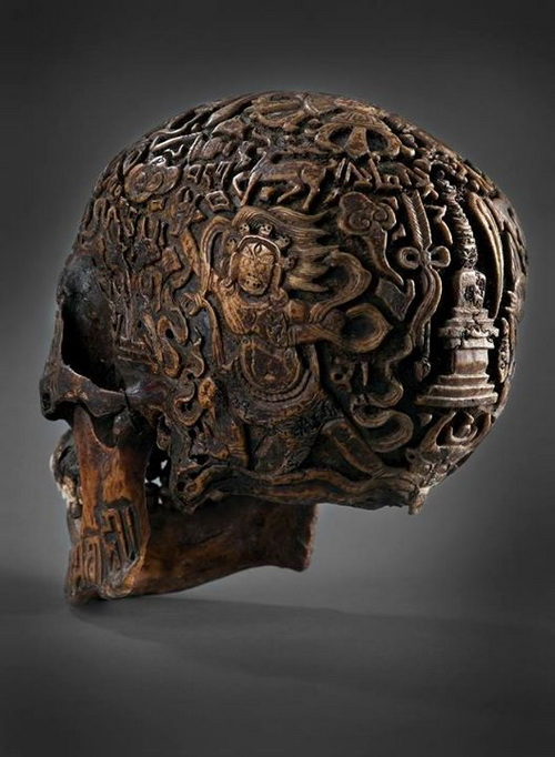 Antique carved Tibetan skull (2)