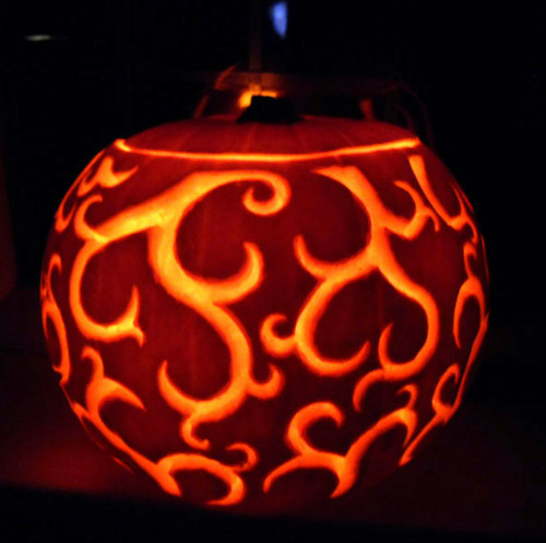 swirly cool pumpkin carving